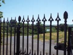 rosybank-gate